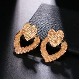 2019 moda klasyczny złoty kolor skręcony węzeł miłości stadniny kolczyki dla kobiet proste geometryczne małe kolczyki biżuteria