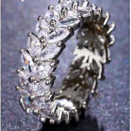 Emmaya nowy modny kryształ zaręczynowy 5 kolorów gorąca sprzedaż pierścionki dla kobiet AAA biały cyrkon Cubic elegancka biżuter