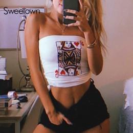 Sweetown Sexy Off ramię bez ramiączek Boob zakrętka tubki Streetwear biała karta hafty lato Bralette Crop Bandeau Top owinięte