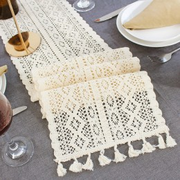 Beżowy szydełkowy koronkowy bieżnik z pomponem bawełniany wystrój weselny Hollow obrus Nordic Romance obrus do kawy